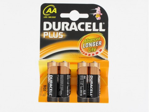 pile alkaline lr6 aa 1 5 v duracell x4 maison proxilivre. Black Bedroom Furniture Sets. Home Design Ideas